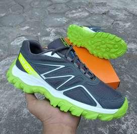 Sepatu fashion salomon