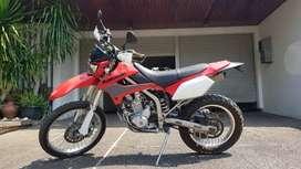 KAWASAKI KLX 250 cc LOW KM, STIMEWA TERAWAT SUPER CANTIK