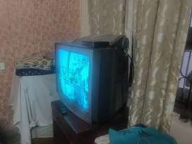 29 inch TV with woofer
