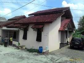 Rumah disewakan di pusat kota WONOSARI