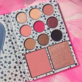 Eye shadow palette prices mention below