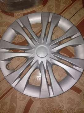 Wheel cap of innova and ertiga,tavera etc