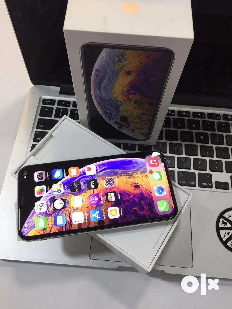 IPHONE XS 64GB BRAND NEW CONDITON