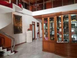 Dijual Rumah di Sunter Jakarta Utara 6 Kmr 500m2 Mewah dan Luas