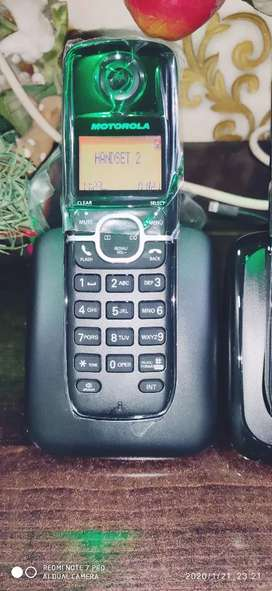 Brand new 3 set cordless phone for sell .