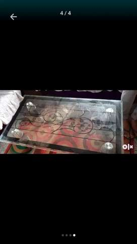 Glass Centre table in good condition