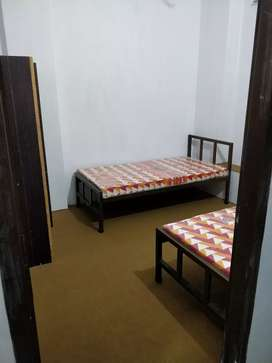Boys Hostel Room On Shared & Individual Basis Available Prime Location