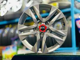"17"" Original KIA seltos sonet htx model alloy wheels in new condition"