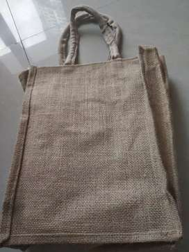 Jute bag for lunch bag and water bottle