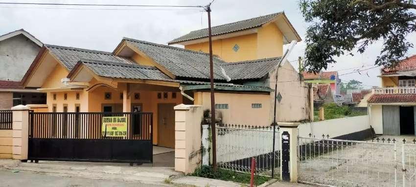 Dijual rumah di perkampungan dekat exit tol cibolang Sukabumi 0