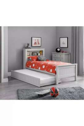 Single bed with slider