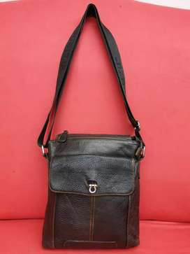 Tas import eks fashion coklat kulit asli tebal lentur slempang for men