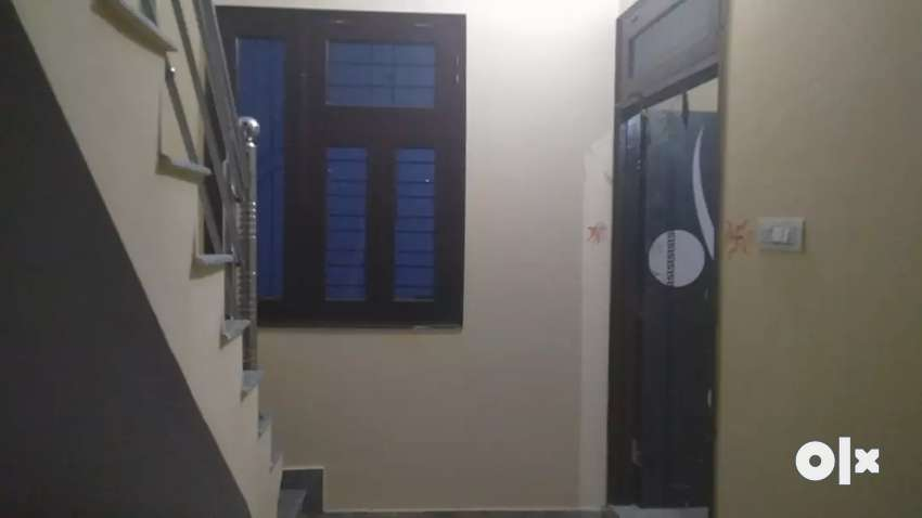 Two room set well furnished for rent 0
