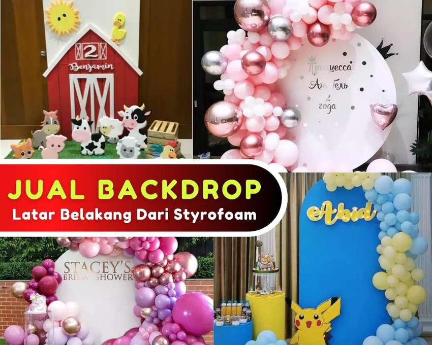 Backdrop latar dari styrofoam
