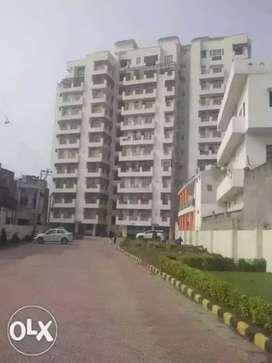 Three BHK flat for rent in tridev dham apartment samneghat Lanka Vns