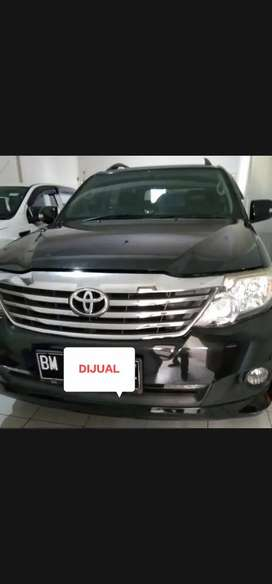 Toyota Fortuner 2.7 G Lux A/T Bensin 2014 Pemakaian 2015