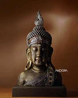 Buddha idol statue
