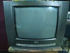 2000 RS ONLY LG TV FOR SELL BECAUSE MY TV IS OLD
