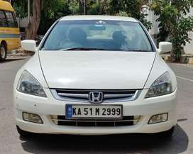 Honda Accord 2.4 Elegance Manual, 2006, Petrol