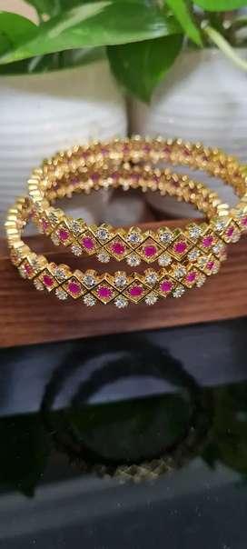 Jewellery - Antique Bangle