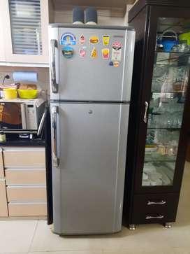 Samsung Refrigerator 345 ltr - 5 star rating