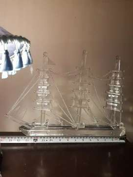 "Boat model made of full Crystal Glass.size 16"" × 12"""