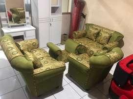 Sofa minimalis full busa