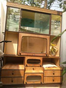 showcase for sell