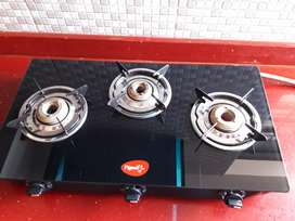 Latest style newly purchased Gas chulla unused 3 burner black ok