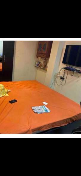 4 BHK semifurnished flat for sale