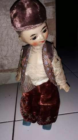 Boneka tua eropa