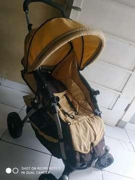 Stroller bayi merek babydoes asli