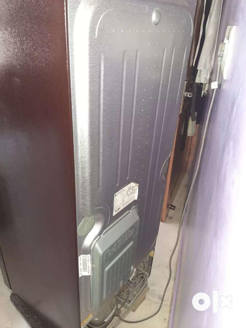 fridge hai 6 month old hai condition bilkul ok hai incerter mai hai 0