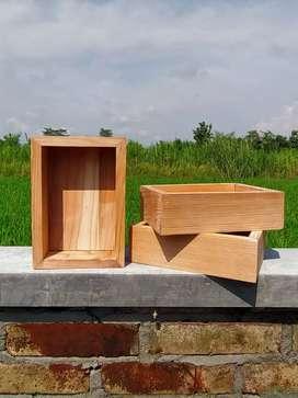 Kotak Kecil Jati Belanda