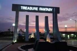 East Facing 1100 SqFt plot for sale in renowned Treasure Fantasy.