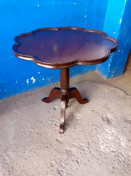 Solid Wooden Tables In Excellent Condition