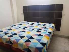 P g available for rent in saket