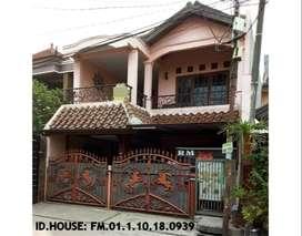 Rumah Second Terawat 2 Lantai di Bekasi Timur
