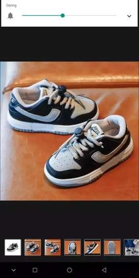 Sepatu Import anak laki-laki