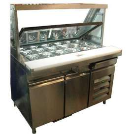 Display counter fridge for restaurant and cafe