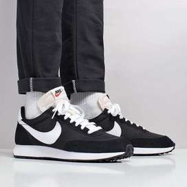 Nike Tailwind 79 Black White