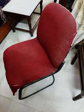 chair ,sofa,dressing table for sale .office chair free in combo
