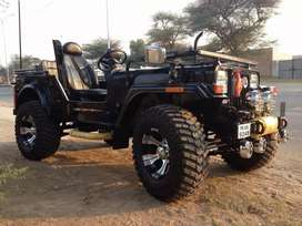 Modified open jeep in new look