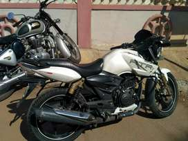 Selling TVS Apache 180cc with double disc