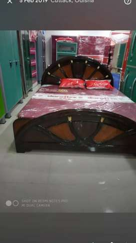 I want  to sell my bed & dressing table in good condition