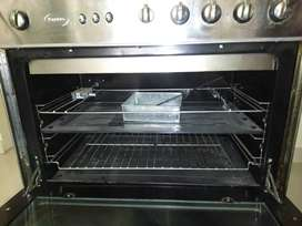 Electric stove with working gas oven