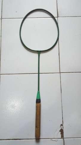 raket antik hijau