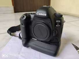 Selling for available this camera