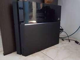 PlayStation 4 / PS4 Fat 500GB Bonus Joystick, Games, Acc