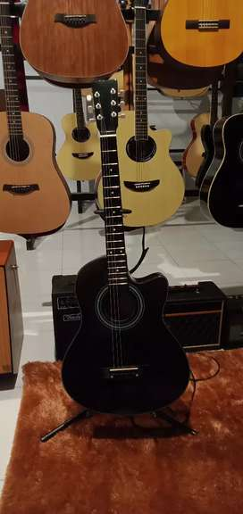 Gitar Akustik string murah